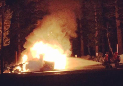 Car fire in Mammoth Lakes and Mammoth Fire